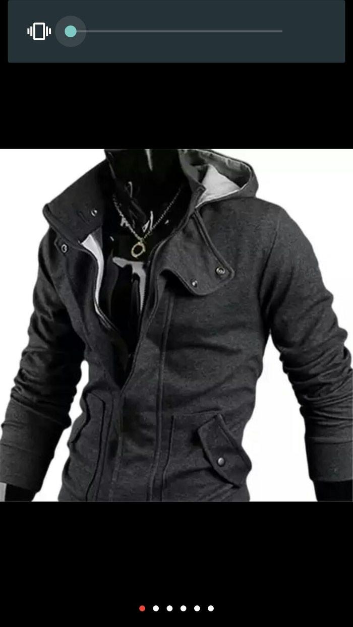 Для мужчина куртка и капюшон. Photo 0