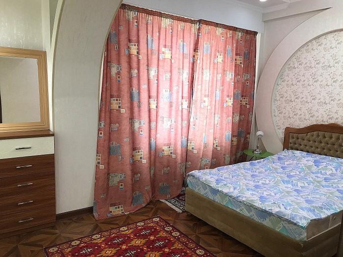 Сдается квартира: 2 комнаты, 103 кв. м., Бишкек. Photo 3