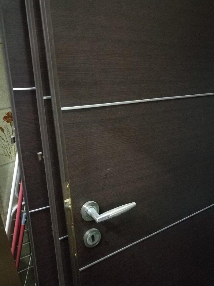 Πόρτα εσωτερική.. ύψος :2,10 μ, φάρδος 83 cm σε Βελεστίνο