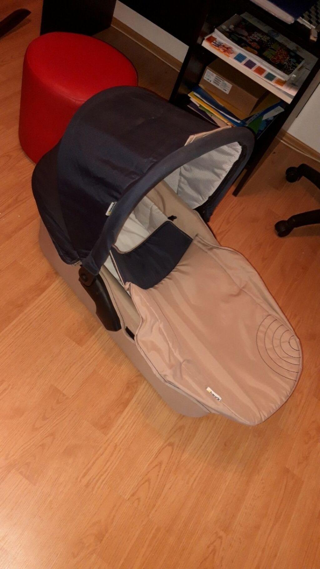 Kolica za bebe i decu - Zrenjanin: Hauck 3 u 1 set, kolica, nosiljka i sedište. U dobrom stanju