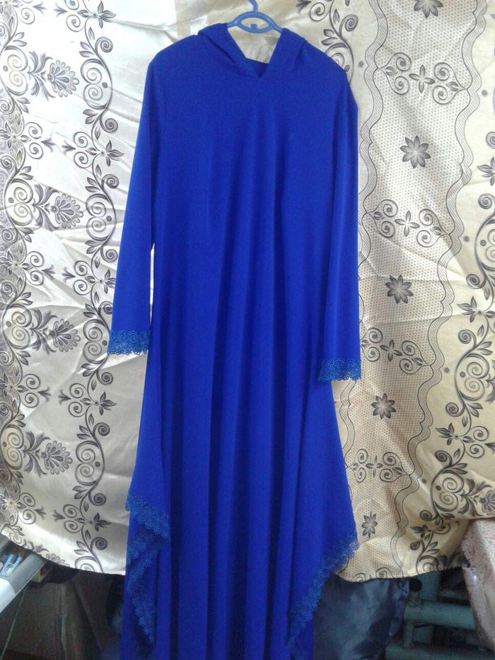 Платье 52р. с капюшоном . Photo 1