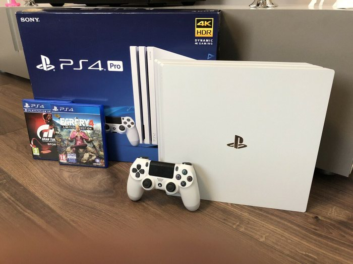 Sony PlayStation 4 Pro 1TB 4K Game Console. Photo 2