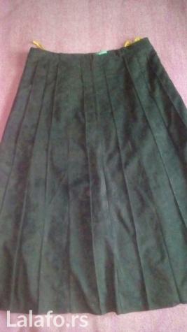 C&a plisirana crna suknja (sa postavom) vel. 40. L, duzina 70cm,. Photo 1