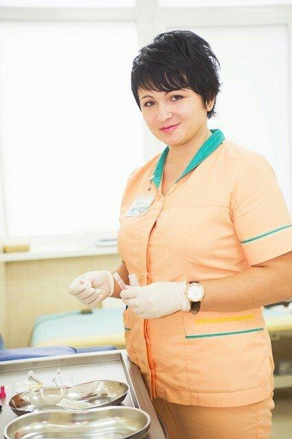 Требуется медсестры в компанию МЕДИЯ  со знанием русского языка от 18  в Бишкек