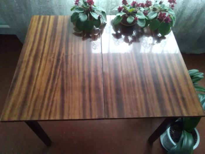 Продаю стол раздвижной в хорошем состоянии. в Сокулук