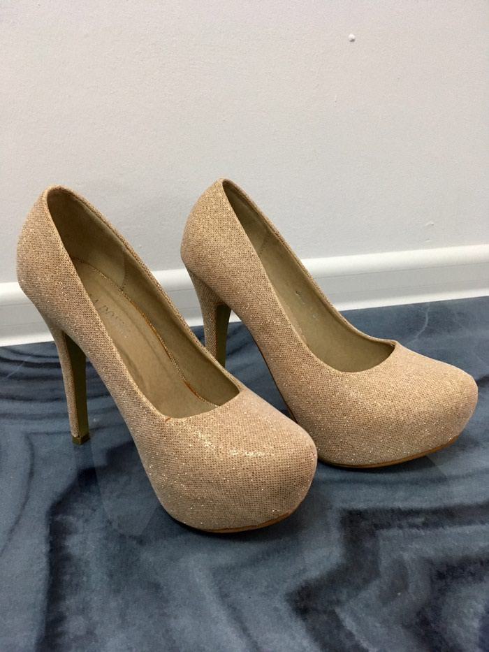 Туфли, в отличном состояние , одевались два раза, размер 36. Photo 1