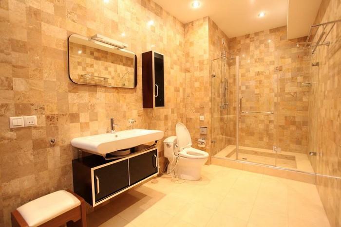 Продается квартира: 5 комнат, 300 кв. м., Бишкек. Photo 3