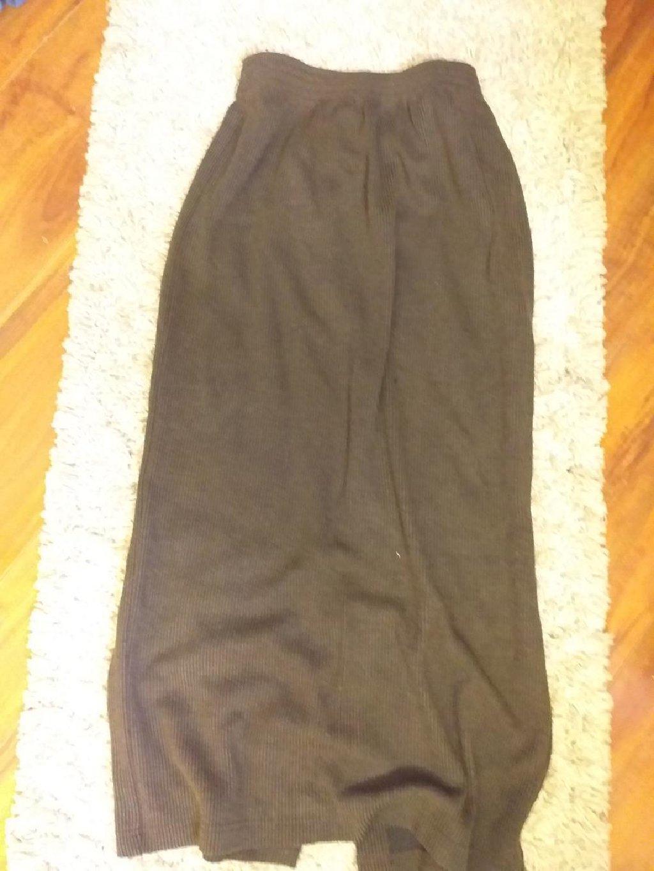 Suknja ( duzina 86 ) rastegljiva lastis na pojasu