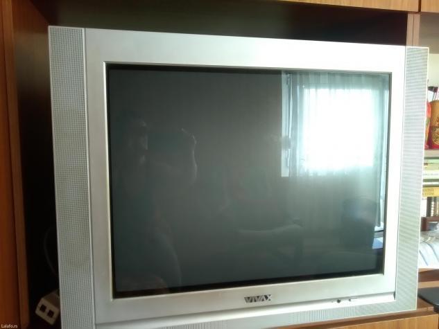 Ispravan vivax tv star par godina. Ocuvan Dijagonala 69cm