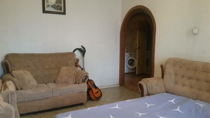 Продается квартира: 3 комнаты, кв. м., Бишкек. Photo 0