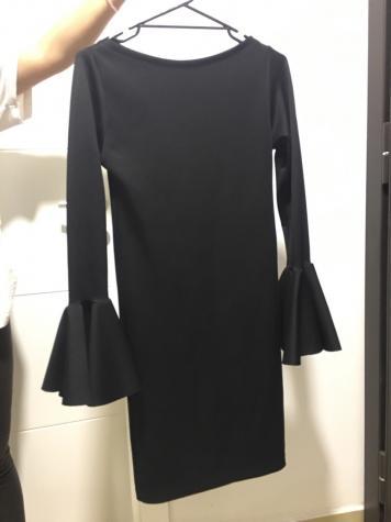 Haljina iznad kolena, prijatan materijal
