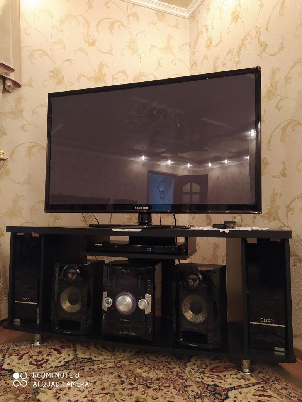 Продаю телевизор, двд, магнитофон и тумбу. Только комплектом, по: Продаю телевизор, двд, магнитофон и тумбу. Только комплектом, по