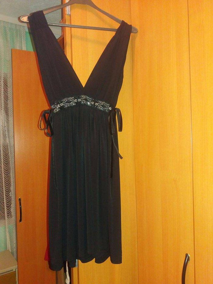 Prodajem crnu haljinicu od viskoze, marke by me, univerzalne - Gornji Milanovac