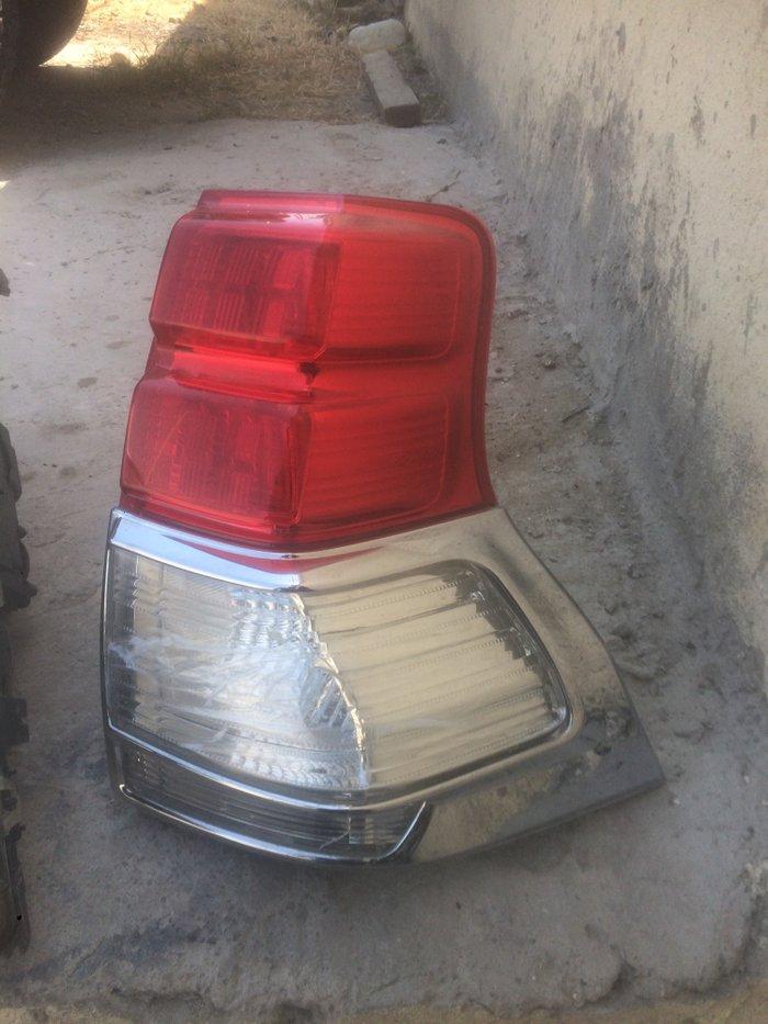 Tayato prado ucun arxa stop bir yerinde desik var elave melumat ucun. Photo 0