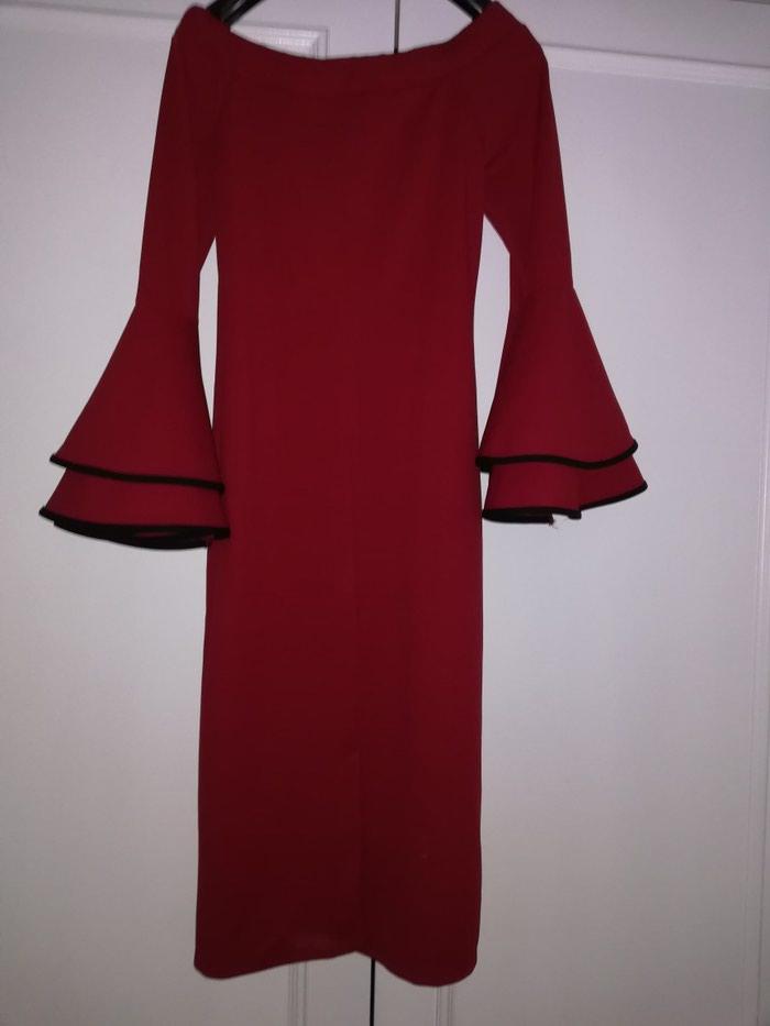 Nova, nikad nošena haljina S/M veličine, kupljena nedavno u Garderoberu
