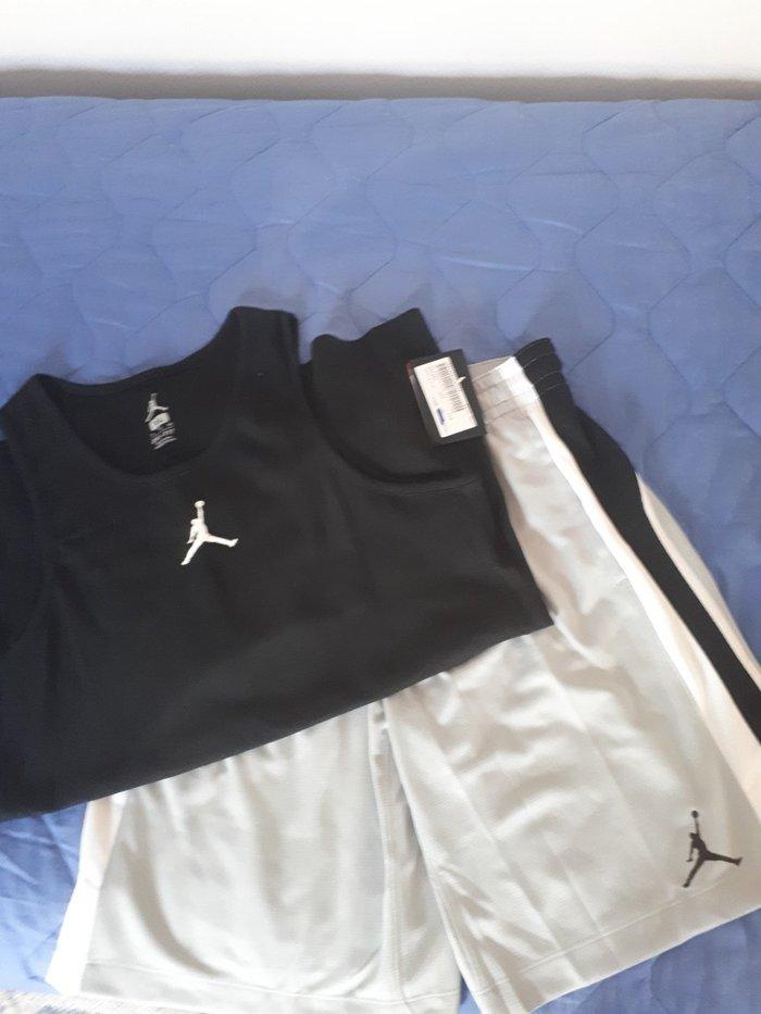 Βερμουδα με μπλουζα nike jordan μπασκετικα.. Photo 5