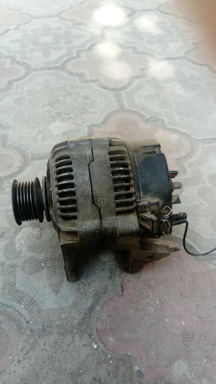 Продаю рабочий генератор для гольф 3 объем 1.8. Photo 1