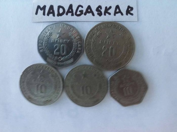 Madagaskar , kovanice , -  10  ariari , 1978 god , 1983 god , 1992 god , -   20 ariari , 1978 god , 1994 god ,  po jedan komad ,