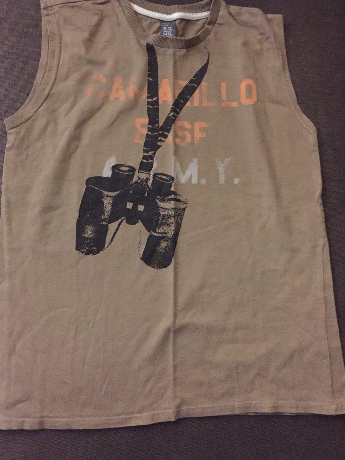 Αμάνικο βαμβακερό μπλουζάκι . Νο 9-10 χρονών 4€ σε Υπόλοιπο Αττικής
