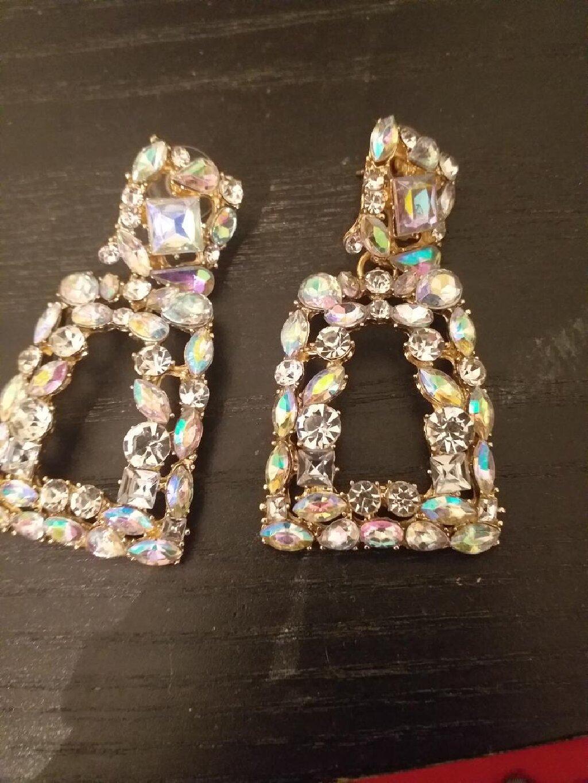 Άλλα - Νέα Σμύρνη: Earrings with stones  Σκουλαρίκια με εντυπωσιακές πετρες