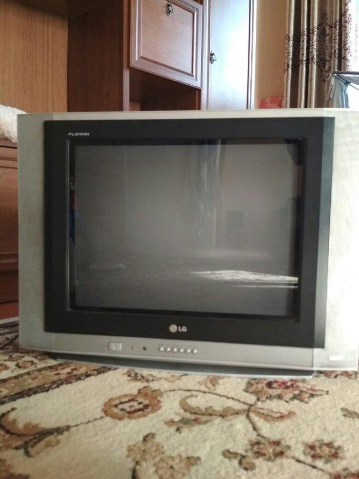 Телевизор lg fletron оригинальный плоский диагональ 52см,  цена  2500 в Лебединовка