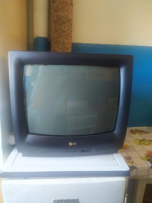 Срочно!!! Продаю телевизор в хорошем состоянии. 500сом