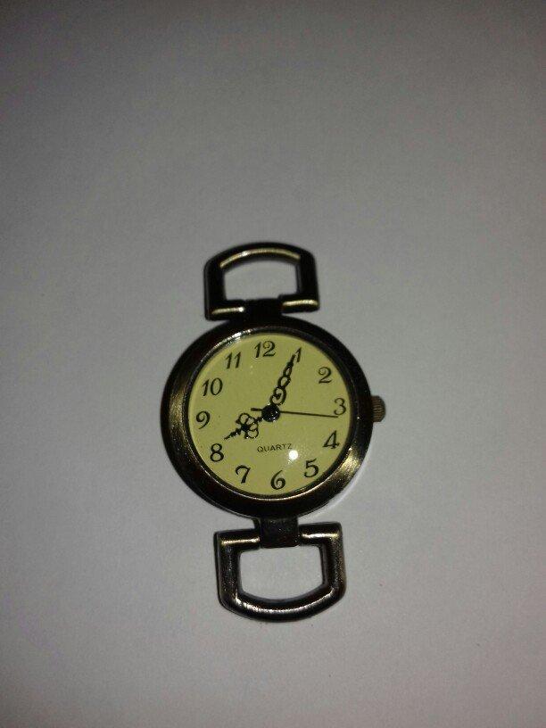 Qol saatı . Photo 0