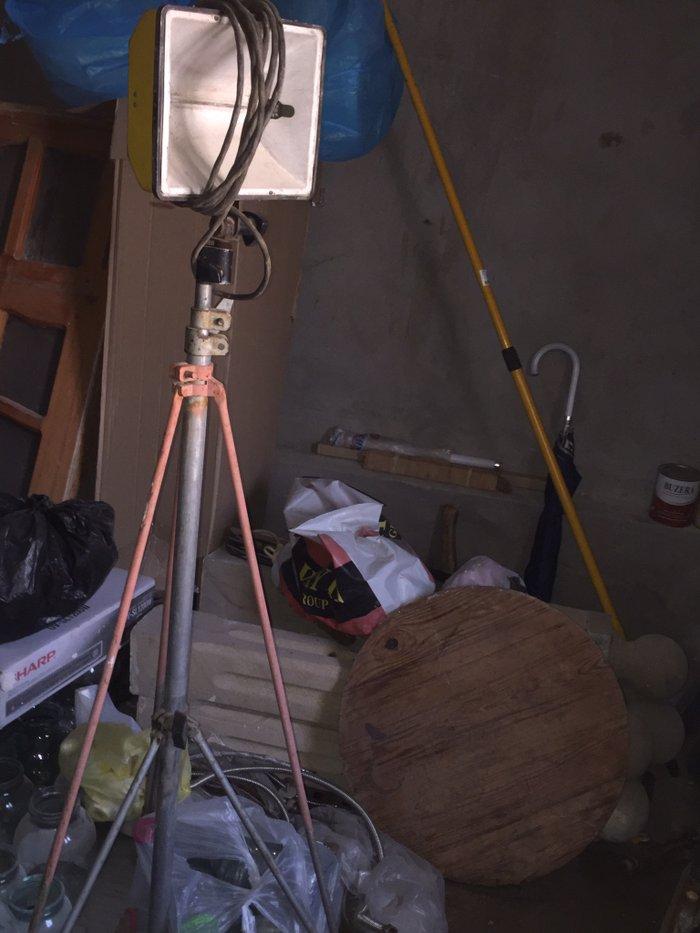 Bakı şəhərində Projektor.прожектор.