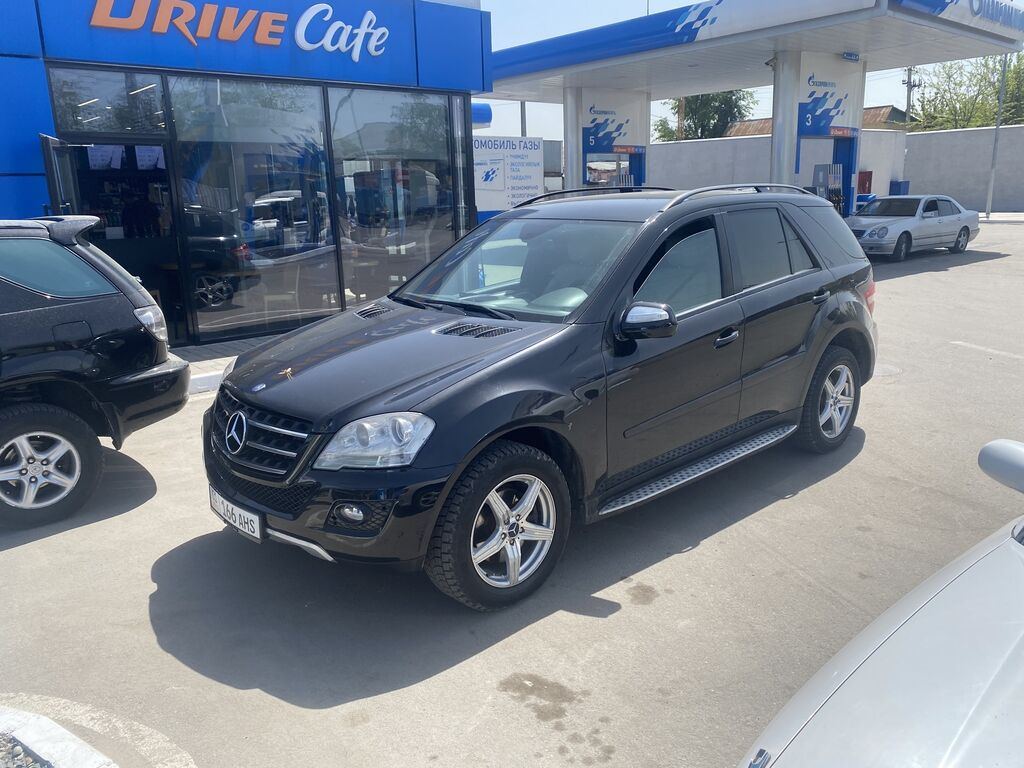 Mercedes-Benz ML 350 3.5 л. 2006 | 161000 км: Mercedes-Benz ML 350 3.5 л. 2006 | 161000 км