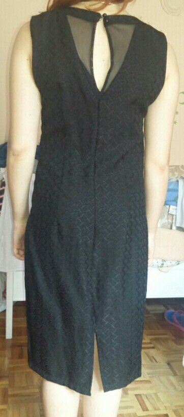 Vrlo kvalitetna nova haljina - Beograd