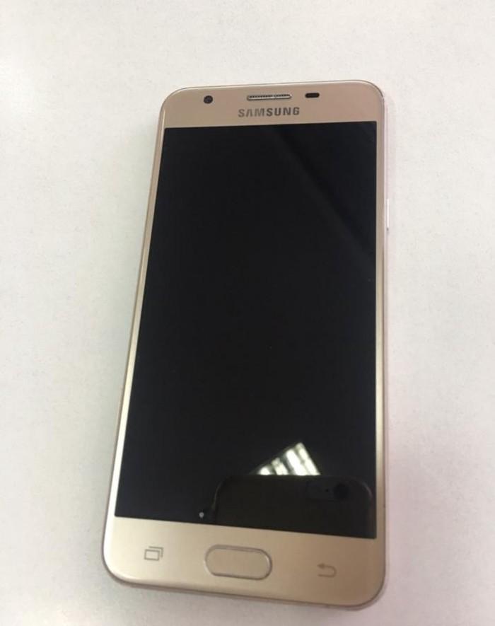 Новый Samsung Galaxy J5 16 ГБ Золотой. Photo 0