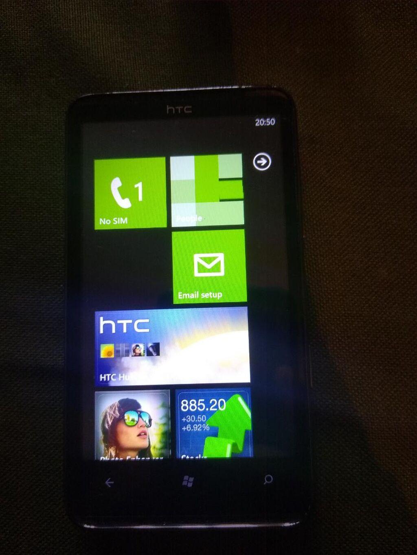 Htc Windows Phone HD7 kao Nov nema Baga I tako slicno sim free Cena nije fiksna!
