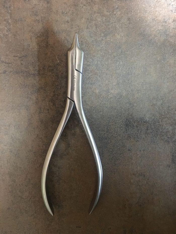 Klesta za ortodonciju u zubnoj tehnici - Mladenovac