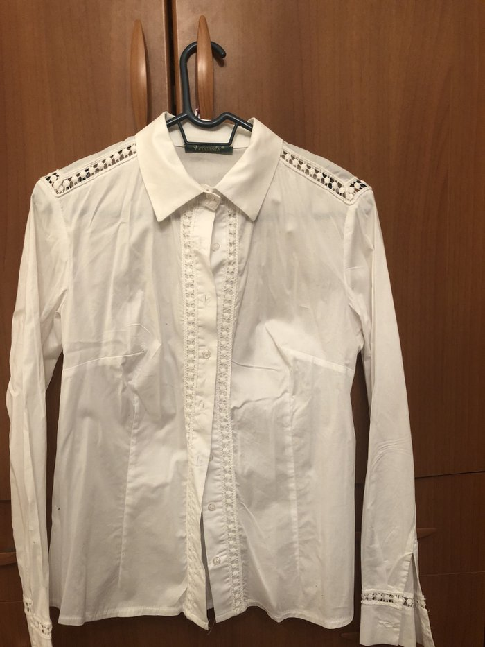 Φανταστικο ασπρο πουκαμι με δαντελιτσα !!! M/L !! . Photo 0