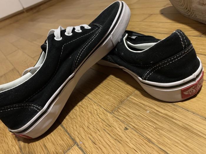Shoes Vans Size : UK:6 . Photo 2