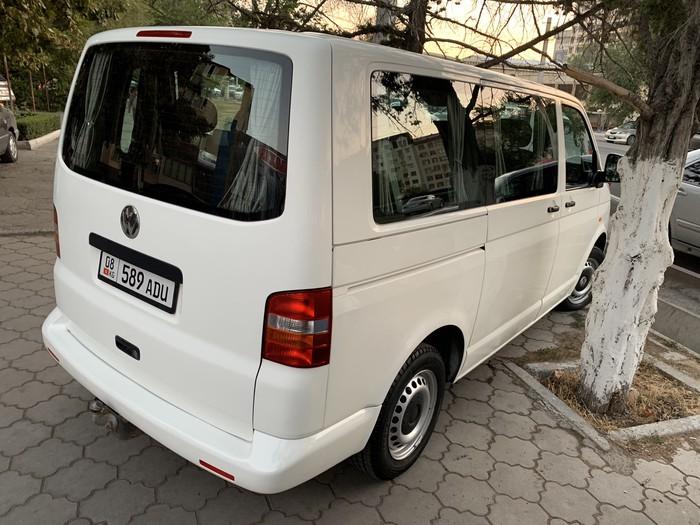 Volkswagen Transporter 2004. Photo 2
