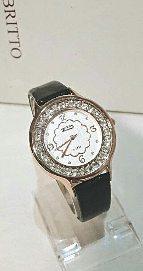 Zenski satovi - novo -veliki izbor rucnih satova po vrlo povoljnim cen - Krusevac