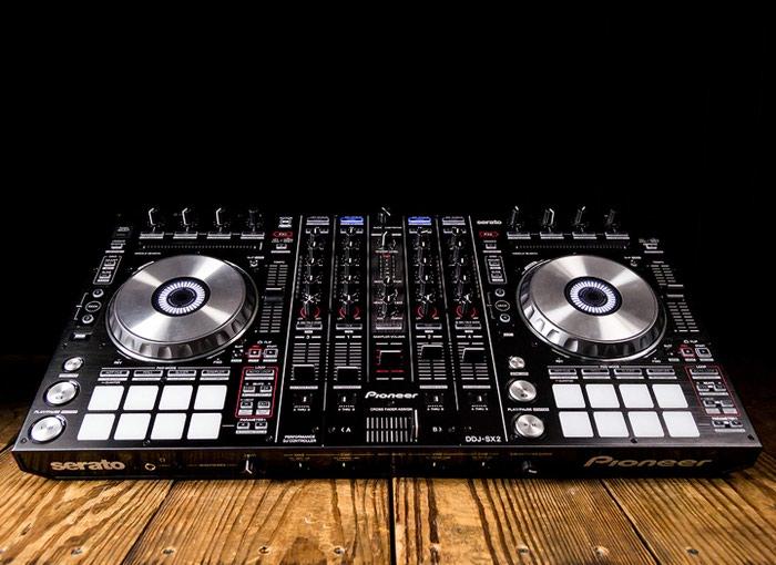 Ολοκαίνουργιος DJ Pioneer DDJ-SX2 ψηφιακός σε Κίμωλος
