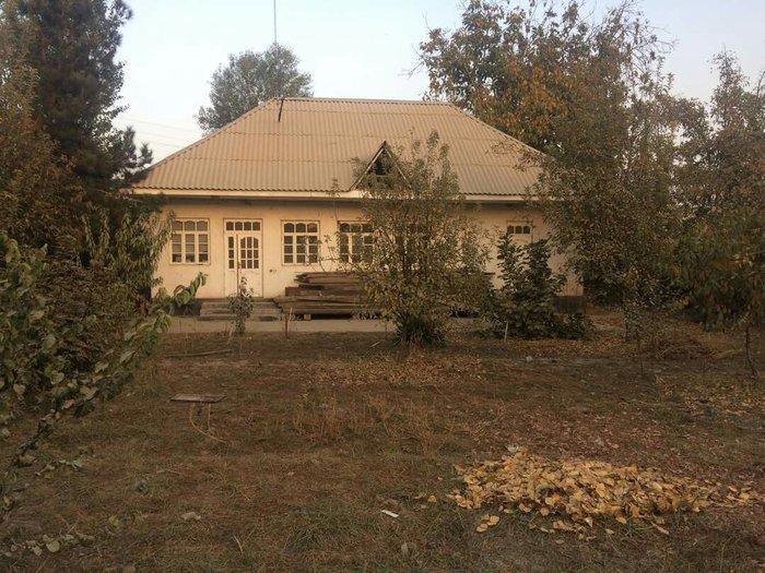 Большой дом 5 соток земли цена договорная. в Душанбе