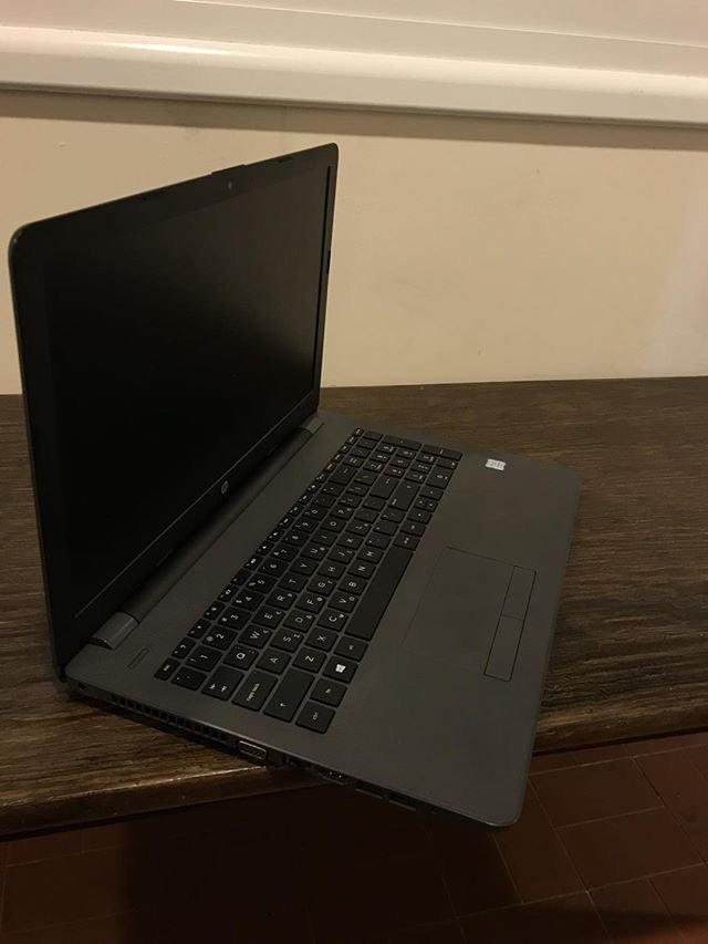 Laptop HP το οποίο αγοράστηκε τον Μάρτιο 500. Photo 1