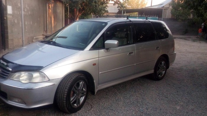 Honda Odyssey 2000. Photo 4