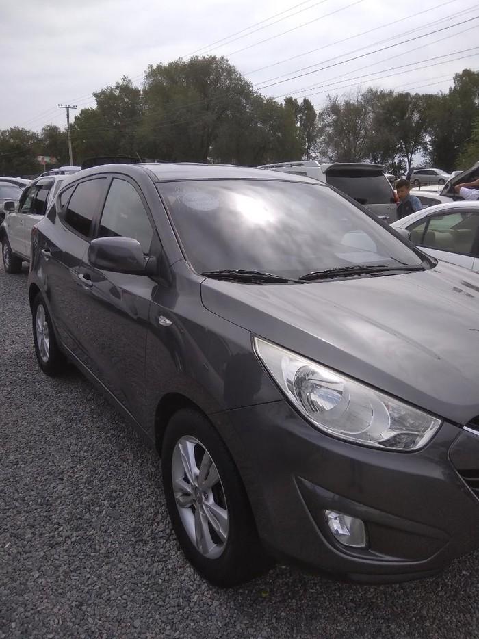 Hyundai Tucson 2010. Photo 2