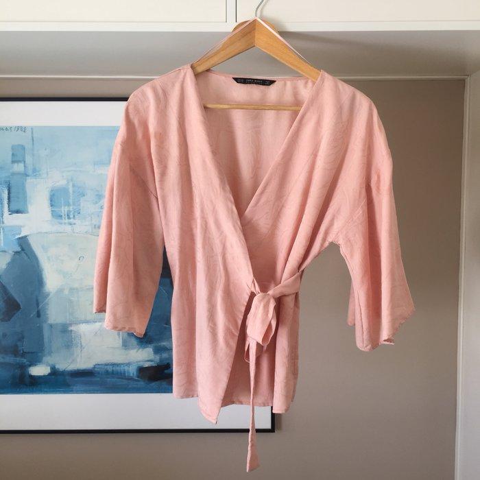 Zara Woman ροζ παλ κιμονο-μπλούζα με. Photo 0