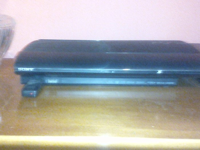 Playstation 3 με 13 παιχνίδια και ένα χειριστήριο . Photo 0