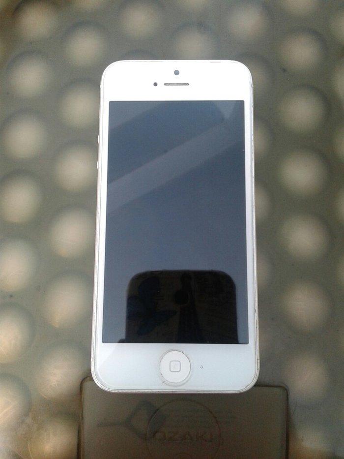 В настройках моего iPhone чужой Apple ID! Что делать