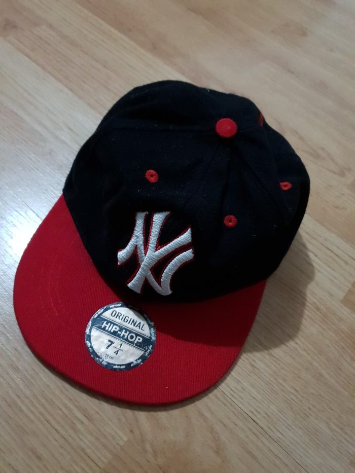 New york yankees kacket original sa etiketom. Photo 0