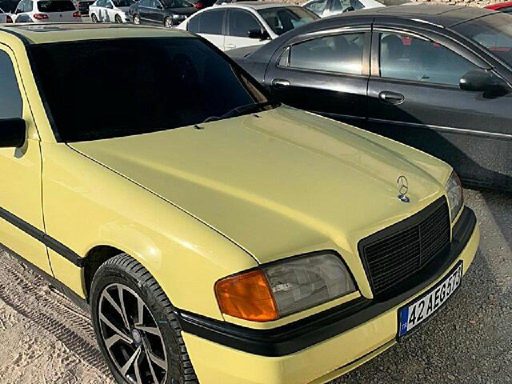 Mercedes-Benz C 180 1.8 l. 1993 | 185000 km