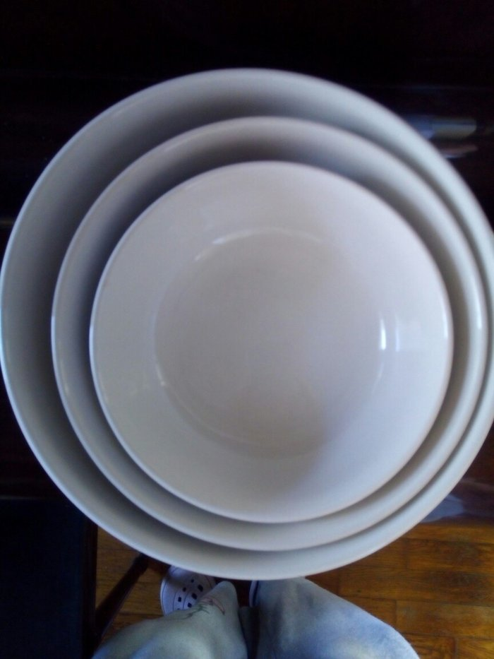 Σετ απο 3 μπολ πορσελανης αχρησιμοποιητα (20cm, 18cm, 14cm). Photo 1
