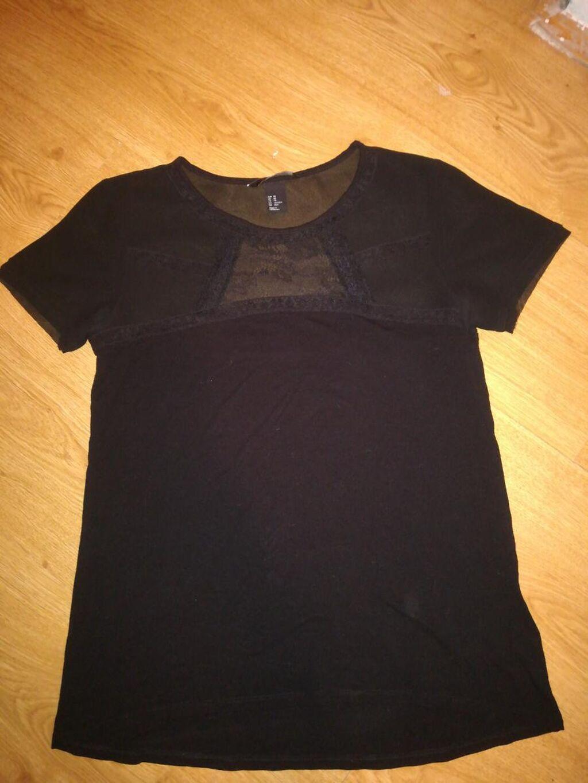 H&M majica, sa cipkom gore