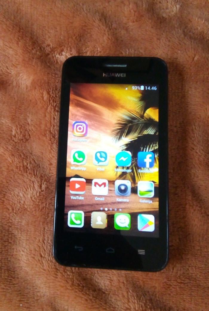 Huawei Ascend Y330, bez punjaca, telefon je u ispravnom stanju